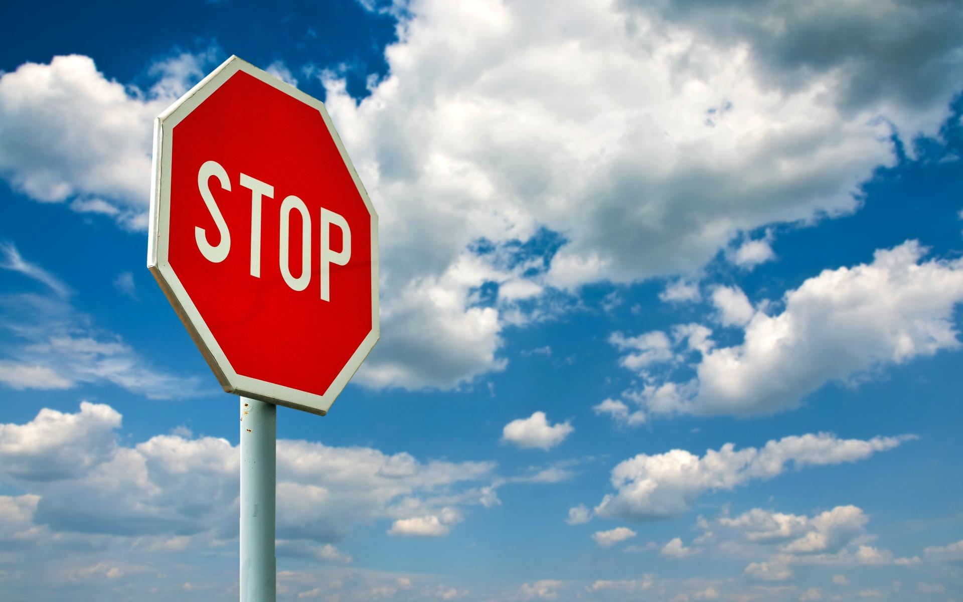 Où acheter un panneau stop ?